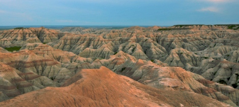 Badlands_landscape_1